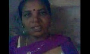 Big Breasted Tamil Aunty - Indian Porn Videos xVideos