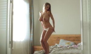 Hot female in love to bang with her nudity