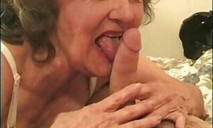 Anal 3-way featuring a very kinky grandmother