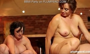 2 Mature Fat Ladies enjoying the cleaning boy xVideos