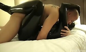 Fetish kitsch catsuit fuck