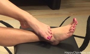 Mommy barefoot foot fetish promo video xVideos