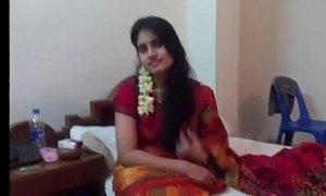 Rajban with her Girlfriend in hotel - xxxmilf.pro xVideos