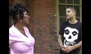 Big Tits Black Mama xVideos