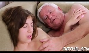 Brave young girl drilled by old rod xVideos