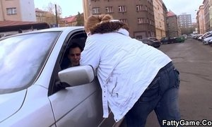 Fat babe up an young dude with ease xVideos