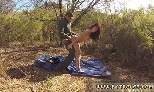 Police car fuck xxx Oficer of patrol agrees to help redhaired honey xVideos