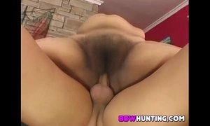 Fat chick with wet hairy pussy xVideos