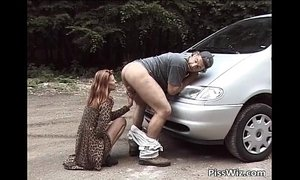 Some slut get horny ride by car xVideos
