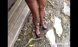 Fist fucking the wife's pussy at the park xVideos