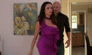 Ariella decides to teach Johnny a lesson Beeg