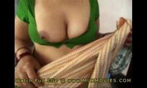 Bangala Guy enjoyed with her Servant maid Aunty