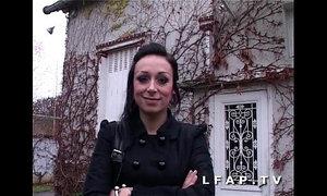 Jolie emo girl francaise bien demontee pour son casting porno xVideos