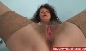 Aged amateur mommy extremly hairy twat self exam xVideos