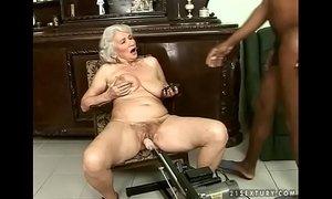Interracial granny fuck xVideos